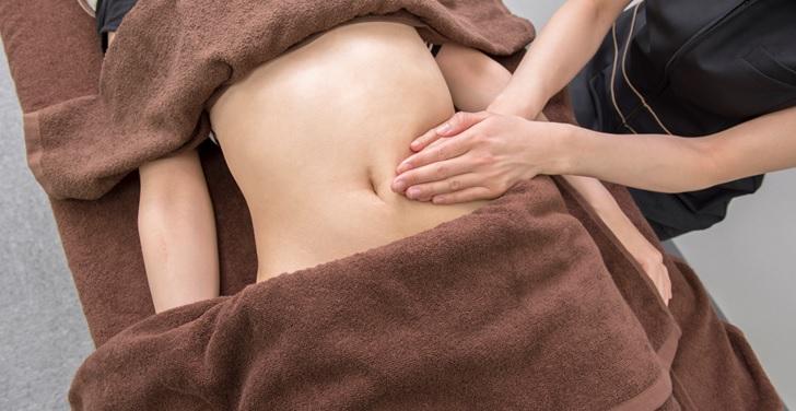 腹部のマッサージ